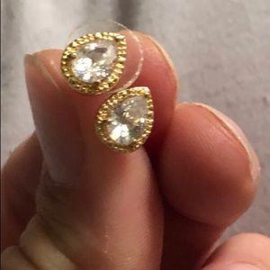 10k gold earrings with 1ct teardrop sapphires.